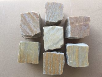 quarzit-pflastersteine-gold-p1