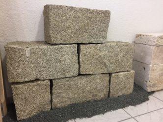 granitmauersteine-yellow-grey-1