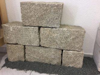 granitmauersteine-yellow-grey-2