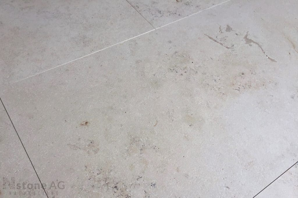 kalkstein-jura-gelb-sandgestrahlt-gebürstet-tb2