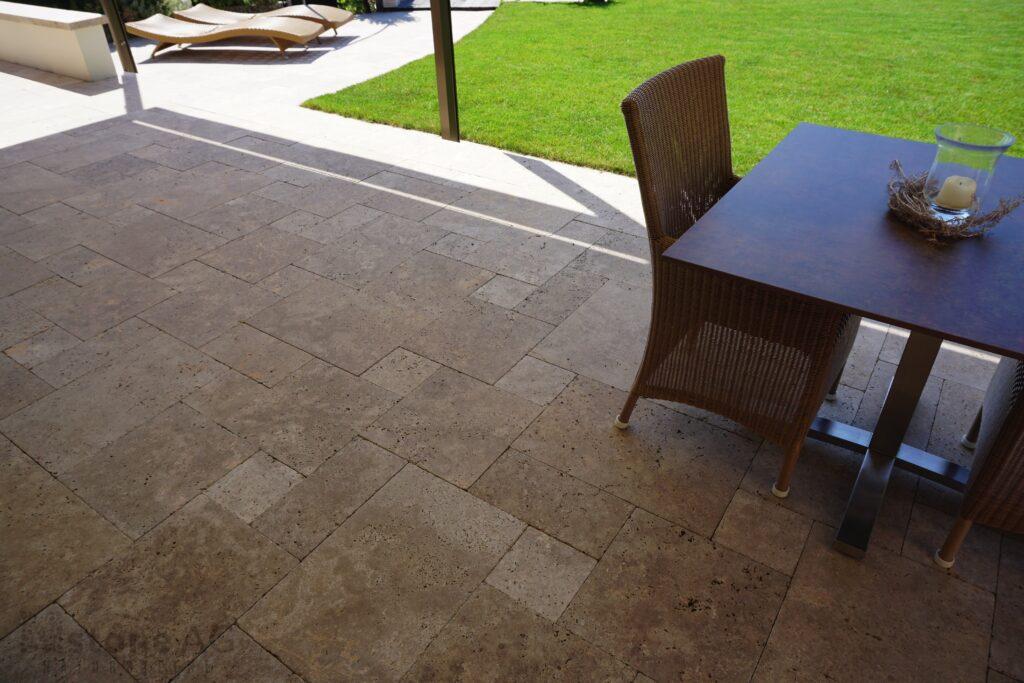 Travertin Terrassenplatten Noce 17