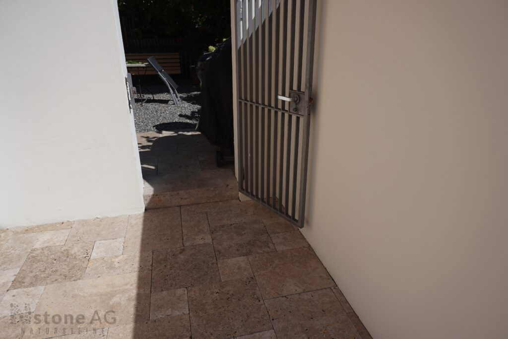 Travertin Terrassenplatten Noce 26