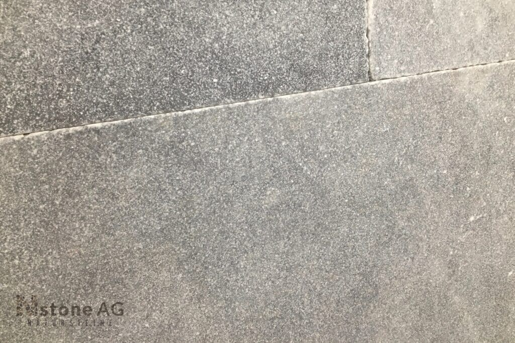 marmor-platten-afyon-grey-sandgestrahlt-gebürstet-2tb