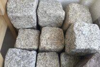 granit-pflasterstein-yellow-grey-tb1